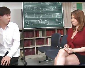 Yumi kazama - vackra japanska milf