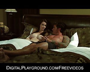 Naturlig brunett modell raven alexis älskar hård sex gratis hårdporrfilm